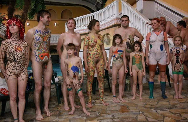 family nudism pictures