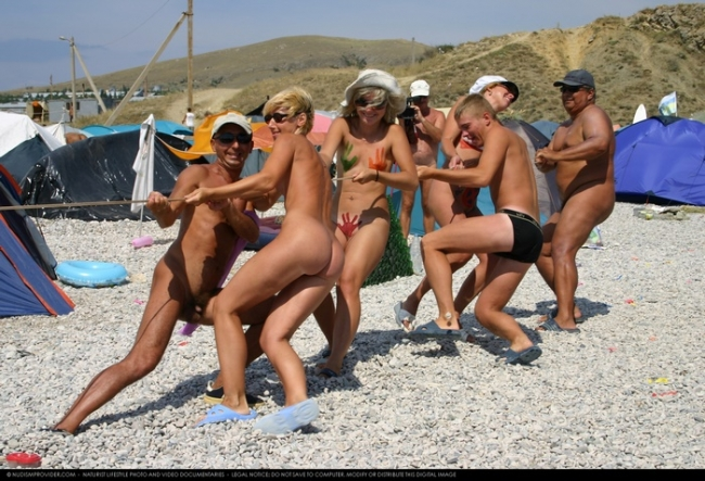 Nudism sports competition and naked summer vacation - Purenudism photo pt.30
